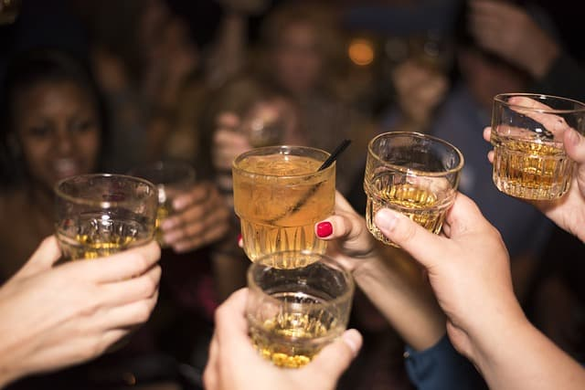 Big Surprise: What Age Does Our Alcohol Consumption Peak?