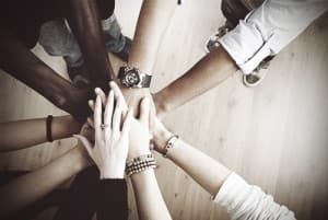 drugabuse_istock-14186302-group-hand-circle