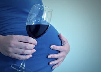 the effects of binge drinking on the fetus and premature birth Low-to-moderate alcohol consumption during pregnancy associated with premature birth more than two units a week isn't binge drinking.